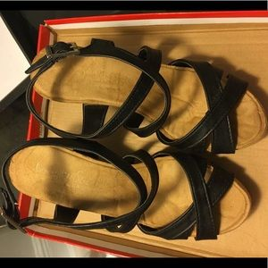 Bamboo Comfy Soles Wedge Strappy Sandals 6
